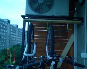 klímatartó állvány biciklivel