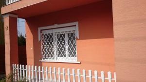 rombusz mintázatú ablakrács 3