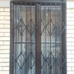 ablakrács appartmanházra 2