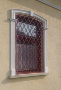 Piskóta apáca ablakrács