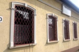 piskóta mintázatú ablakrács 2