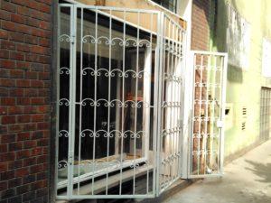 Biztonsági rács ajtóra és ablakrács